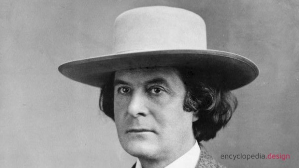 Elbert Green Hubbard black and white picture