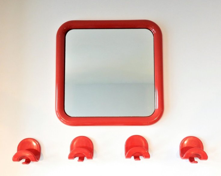 'Gioela' mirror by Giorgina Castiglioni for Bilumen with matching hooks, Italy
