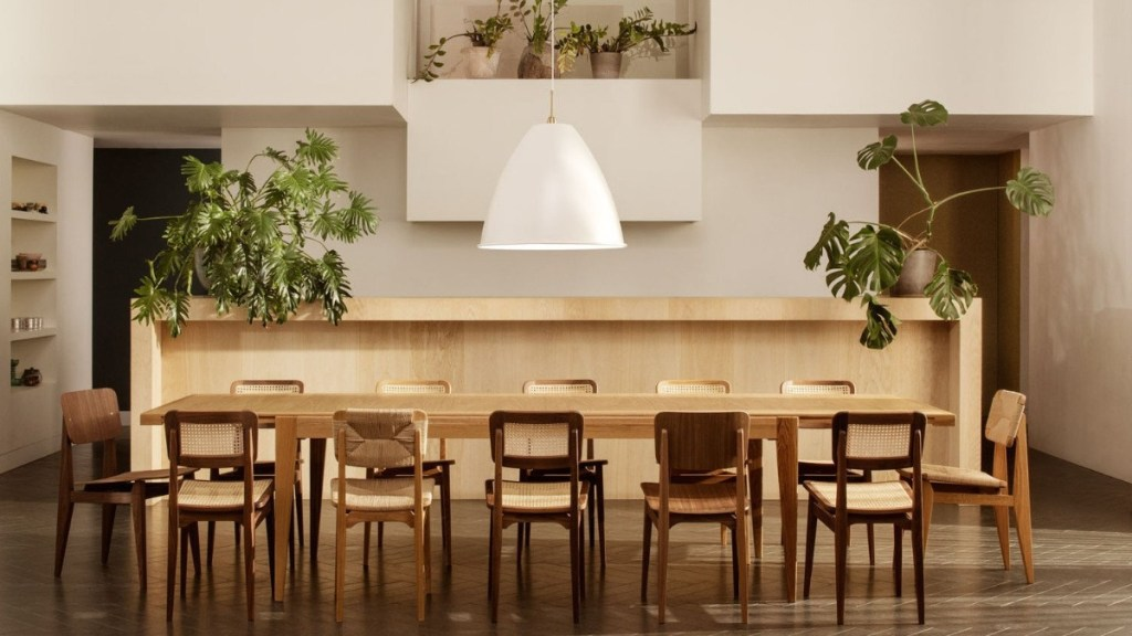 Marcel Gascoin dining set featured image