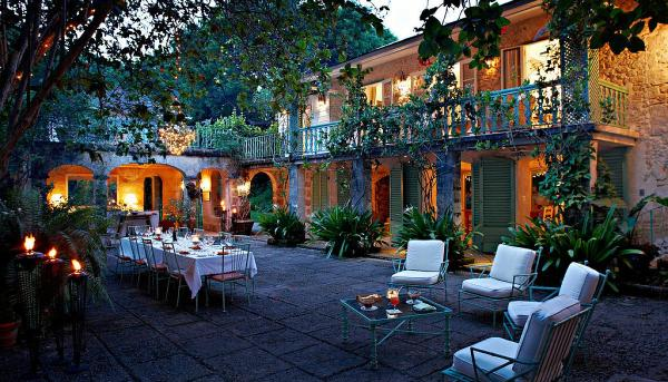 Fustic House courtyard Barbados designed by Oliver Messel