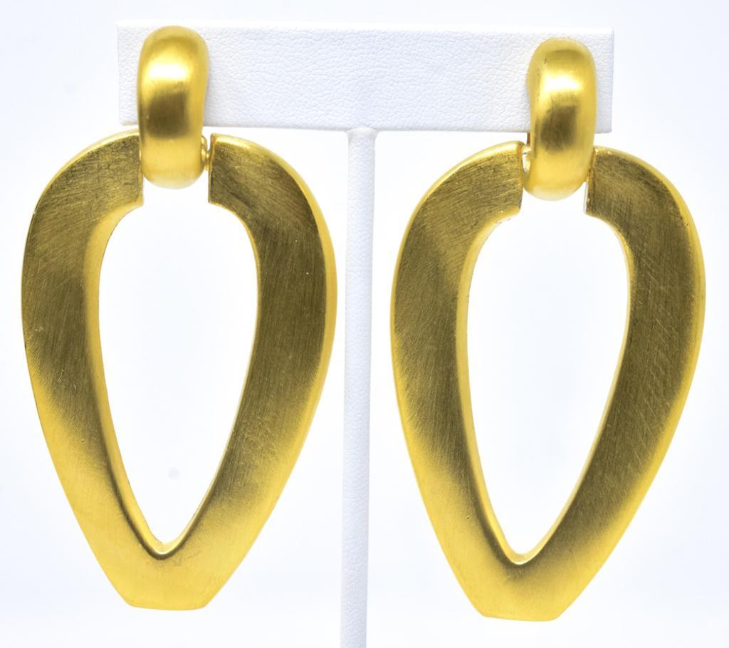 Pair Vintage C 1980 Gilt Alexis Kirk Clip Earrings