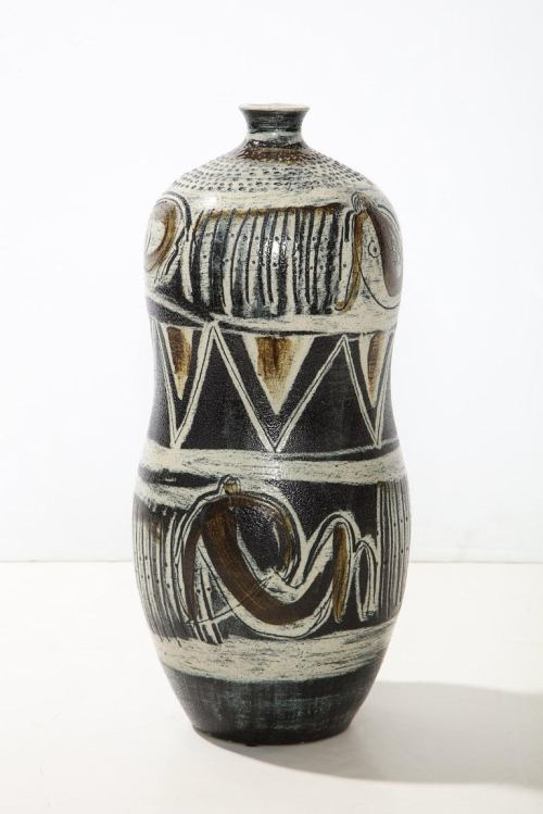 Large scale vase by Anders Liljefors