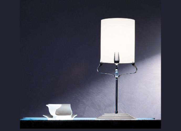 Treforchette Table Lamp