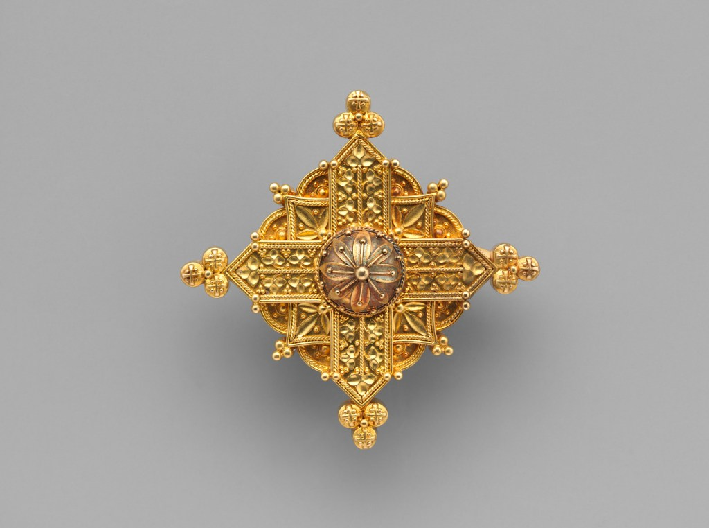 Pendant brooch in the the form of Gothic Cross designed by Carlo Guiliano