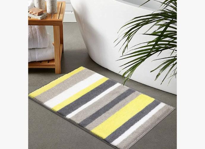 striped bathroom mat