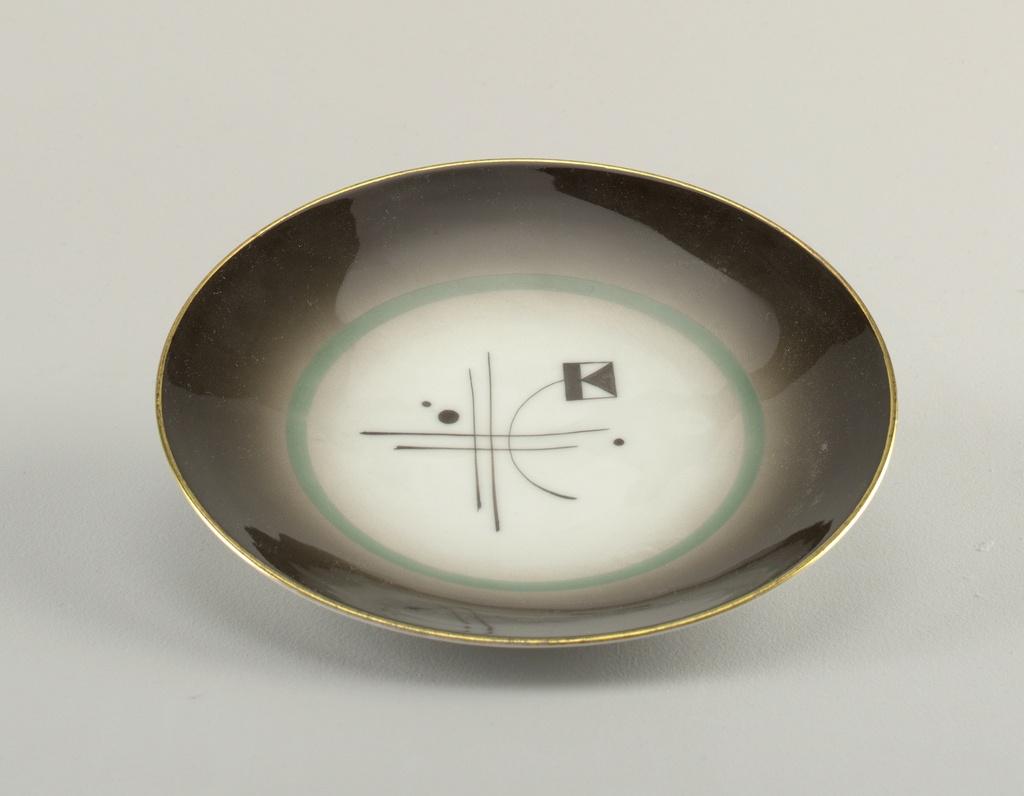 Plate (Norway), 1930-39 designed by Nora Gulbrandsen