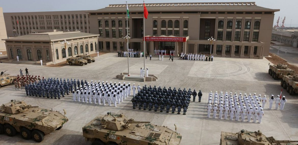 In Djibouti, Red Sea: Why the Chinese and U.S. armies are fortifying this tiny African country