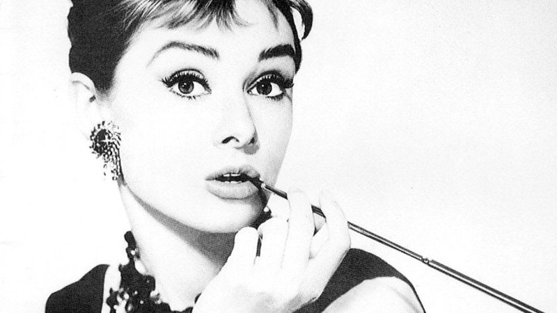 Biography of Audrey Hepburn, Exquisite and Elegant Actress