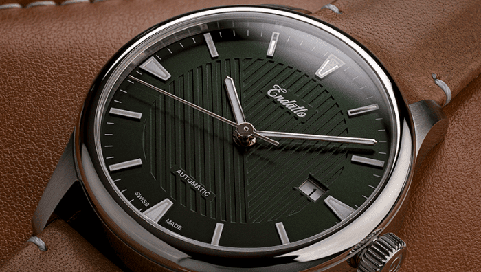 Endatto's Swiss-made watch featuring an Eta 2824-2 automatic movement and a green dial.