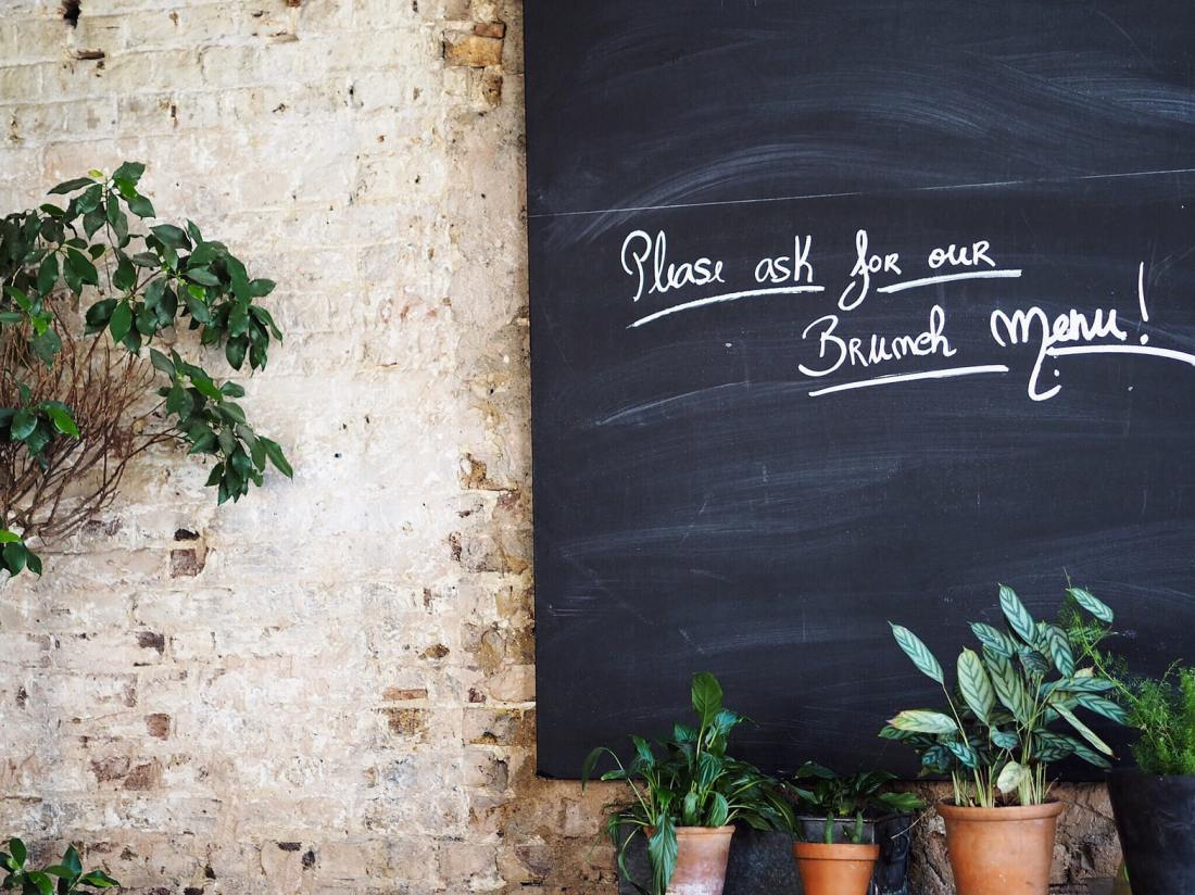 reataurant chalkboard menu
