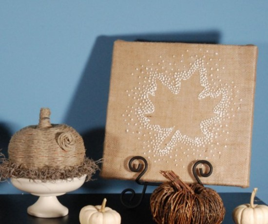 I love this Thanksgiving Wall Art, and it's so easy to make! You just need a canvas, freezer paper and some puff paint!