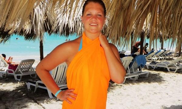 Hannah in Cuba © Pennie McCracken - Endless Skys
