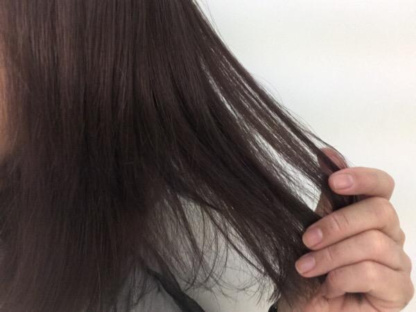 絡まりやすい。ロングの髪。と大渡のカラー?