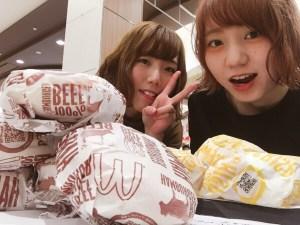 ハンバーガー5つに挑戦(●´ڡ`●)