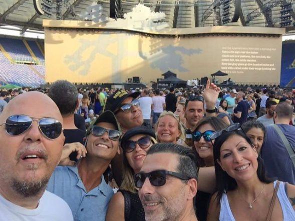 U2-foto-selfie-fan