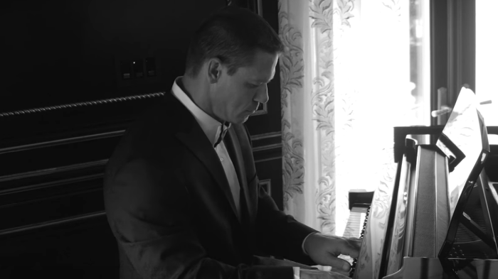 john-cena-piano-where-is-my-mind-pixies-end-of-a-century-foto