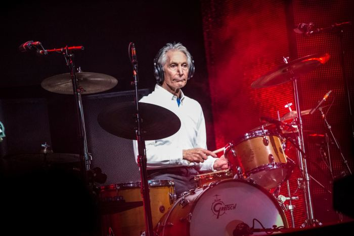 the-rolling-stones-charlie-watts-lucca-foto.jpg