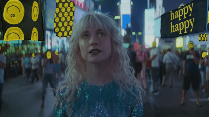 paramore-fake-happy-video-end-of-a-century-foto
