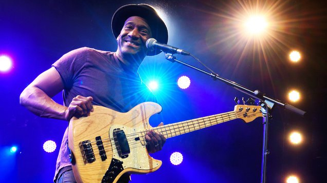 marcus-miller-concerto-roma-bologna-milano-2018-laid-black-end-of-a-century-foto