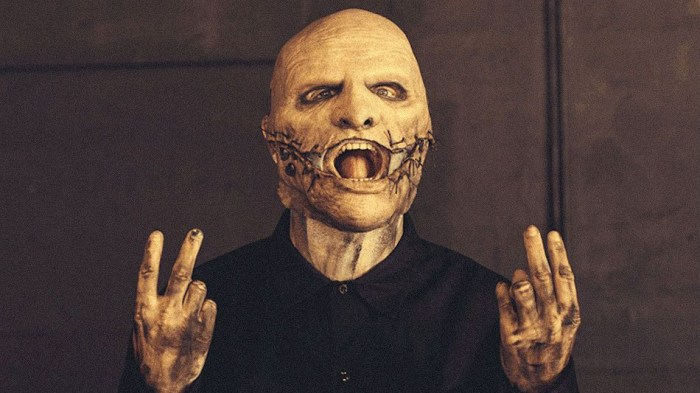 corey-taylor-canzone-audioslave-getaway-car-video-end-of-a-century-foto