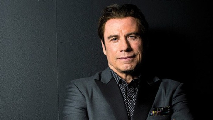 John-Travolta-foo-fighters-foto