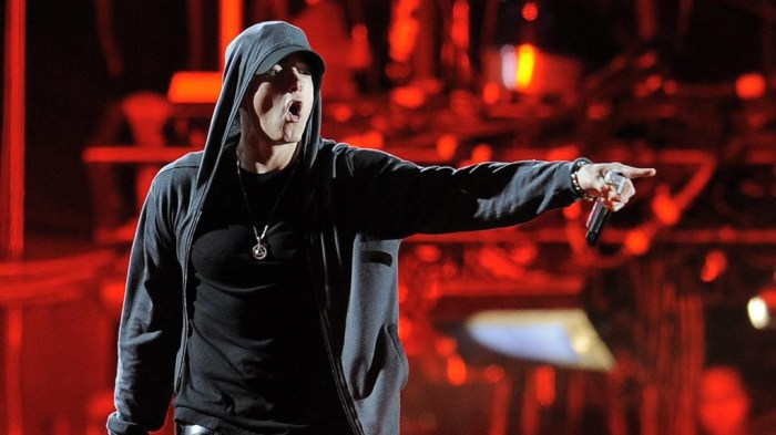 eminem-performance-coachella-foto