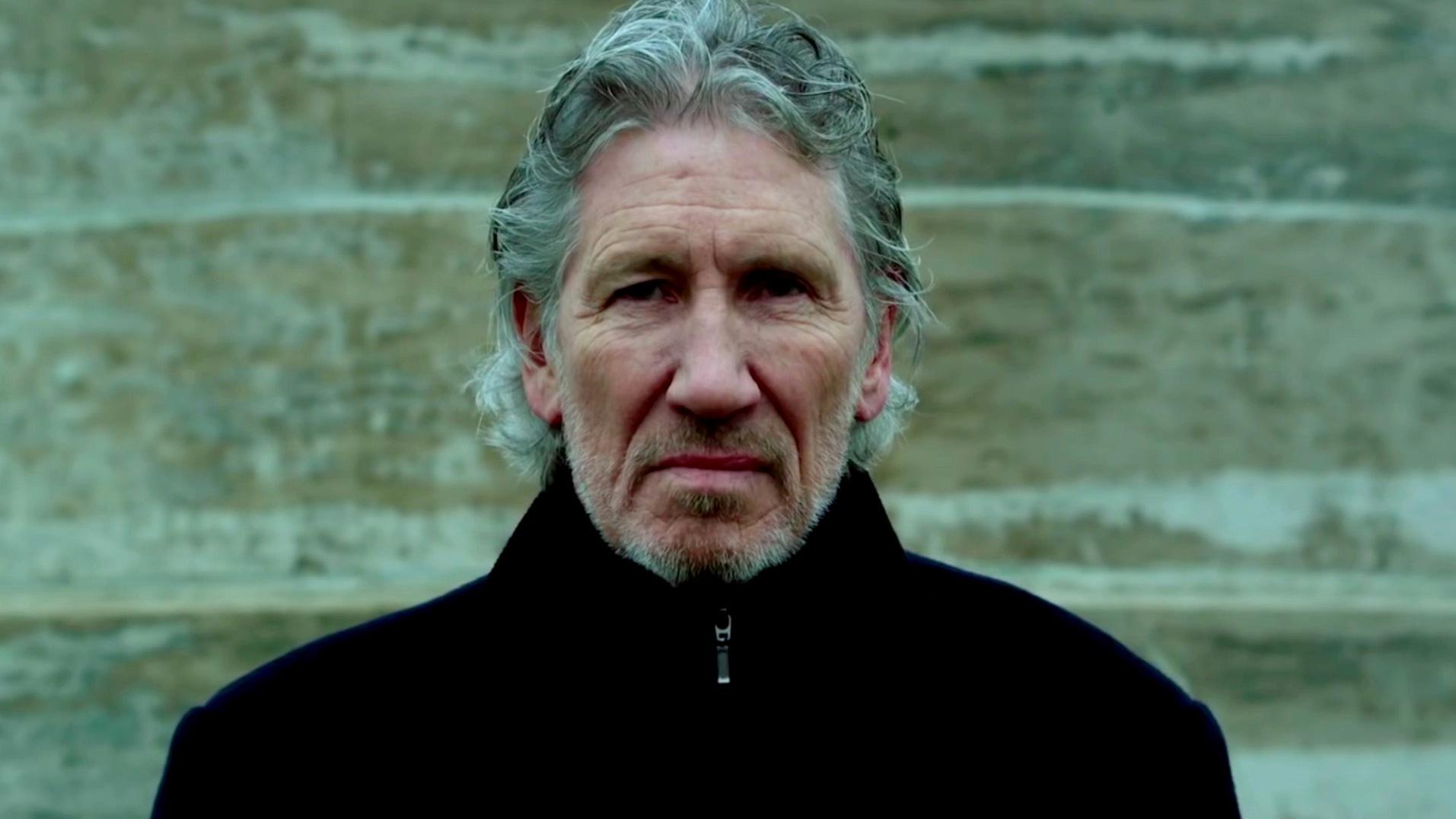 Un maiale vola sopra Milano: l'omaggio per il concerto di Roger Waters