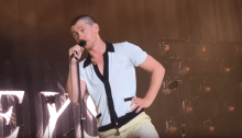 "arctic monkeys cover ""is this it"" the strokes alex turner capelli corti"