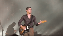 """arctic monkeys cover """"the union forever"""" the white stripes a detroit foto"""