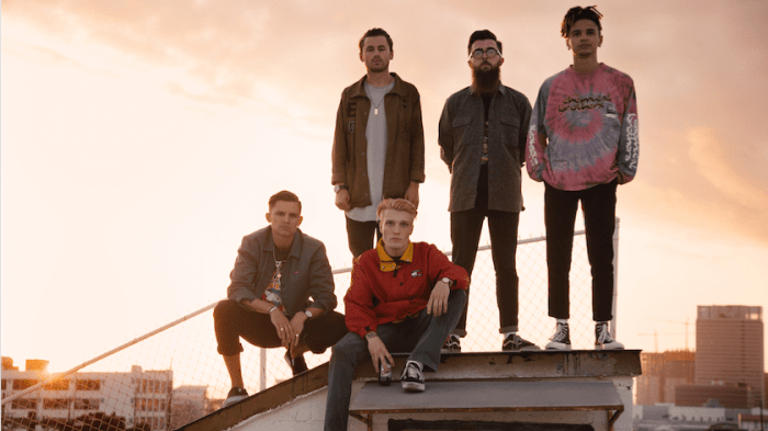 """neck deep """"in bloom"""" band foto"""