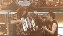 "weezer e weird al yankovic ""africa"" cover live"