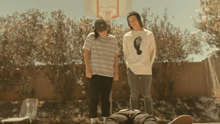 "Crooked Teeth nuovo singolo e video ""Honey"""