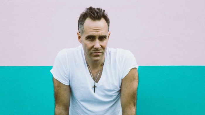 """Josh T. Pearson in concerto a Milano, Livorno e Bologna per presentare il secondo album """"Straight Hits!"""""""