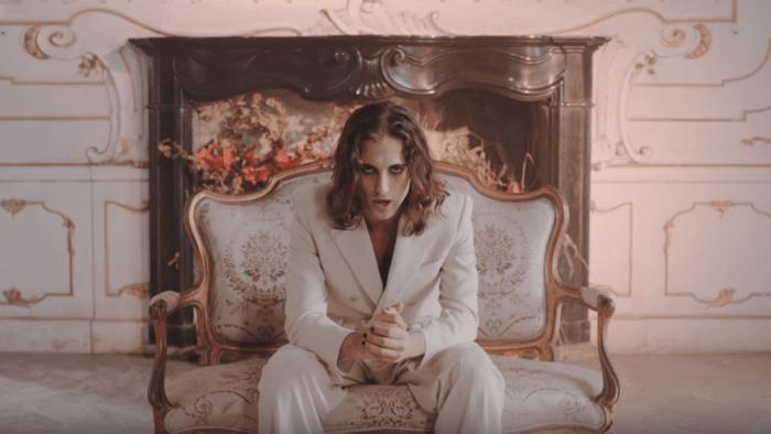 """I Maneskin sono tornati con il video diretto da Giacomo triglia di """"Torna A Casa"""""""