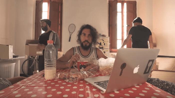 """Scarda è tornato con il nuovo singolo e video """"Non Relazione"""" che anticipa l'album """"Tormentone"""" in uscita il 19 ottobre"""