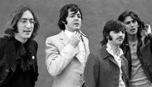 """Il 9 novembre esce il """"White Album"""" dei Beatles con una versione inedita acustica di """"While My Guitar Gently Weeps"""""""