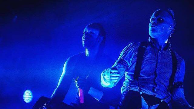 """I Prodigy sono tornati con il nuovo singolo """"Fight Fire With Fire"""" contenuta nell'album """"No Tourists"""" in uscita il 2 novembre"""