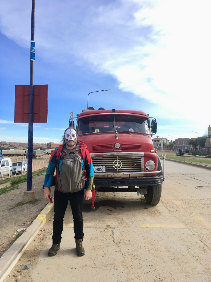 """Davide Toffolo nel suo """"Cammino Della Cumbia"""" in cui viaggia alla scoperta della musica sudamericana - intervista per End of a Century"""