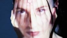 """Sarah Stride è tornata con il nuovo album """"Prima Che Gli Assassini"""""""