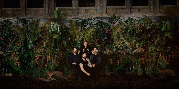 "I Foals arrivano a Milano per presentare il nuovo album ""Everything Not Saved Will Be Lost"""
