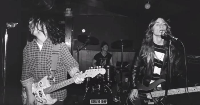 """""""Stay"""" è l'inedito del 1989 dei Green Day"""
