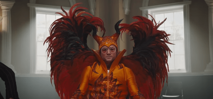 "Taron Egerton è Elton John nel film biopic ""Rocketman"", trailer italiano"