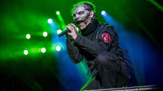 Gli Slipknot continuano le registrazioni del nuovo album in studio, Corey Taylor posta una foto sul suo profilo Instagram