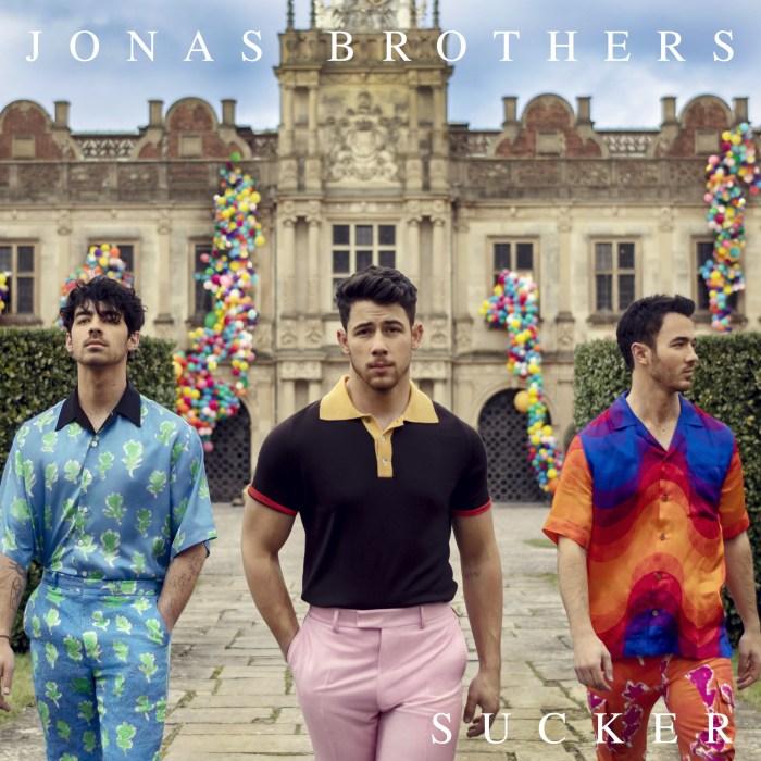 """I Jonas Brothers sono tornati dopo sei anni con il nuovo singolo """"Sucker"""""""