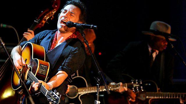 Bruce Springsteen, disponibile su youtube il concerto a Dublino del 2006 con Seeger Sessions Band