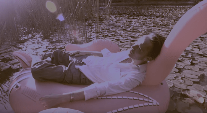 """""""Symphony"""" è il video del nuovo singolo di Hugo Race Fatalists"""