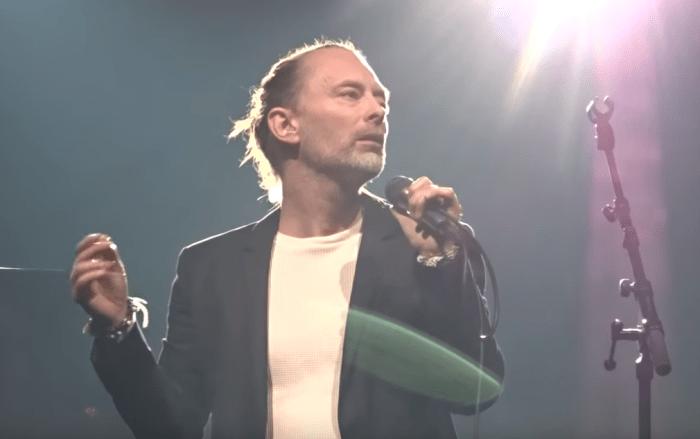 """Thom Yorke ha suonato a Parigi la nuova canzone inedita """"Gawpers"""""""