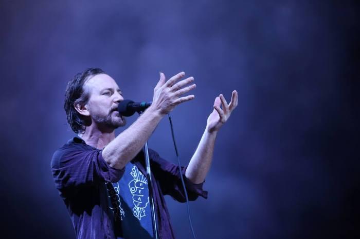 Eddie Vedder arriva al Firenze Rocks e a Collisioni con il Red Limo String Quartet