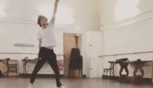 """Mick Jagger balla sulle note di """"Techno Fan"""" dei Wombats"""