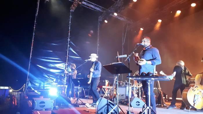 Calexico e Iron & Wine sul palco di Villa Ada mercoledì 24 luglio 2019